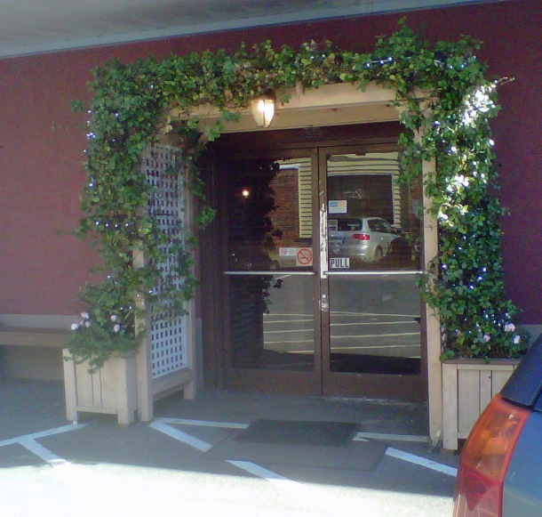 Entrance to Thai Taste.  So inviting on a winter's day!