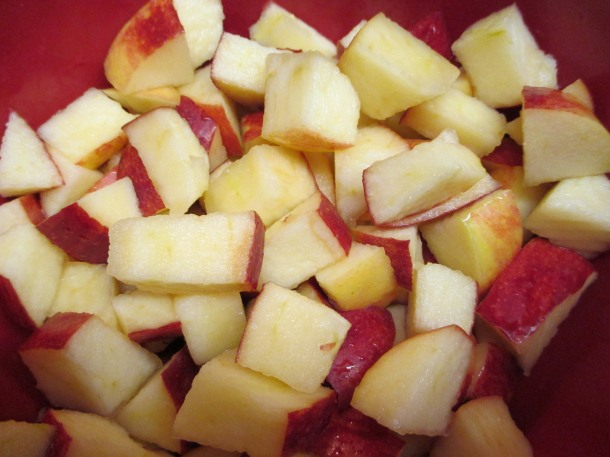 apples in lemon juice (1)