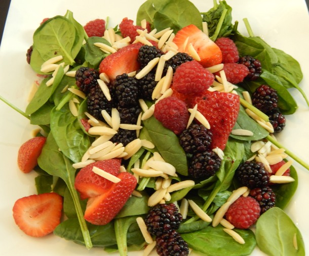 Treetops Cafe Mixed Berry and Nut Salad copy
