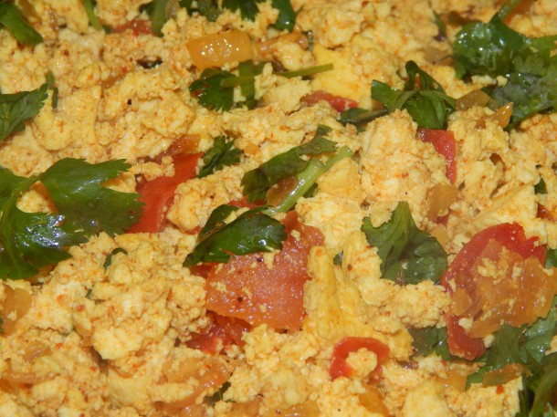 Indian Tofu Scramble (Tofu Bhirji) Close Up