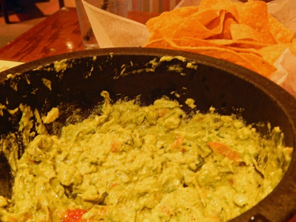 1900 Mexican Grill Guac and Chips
