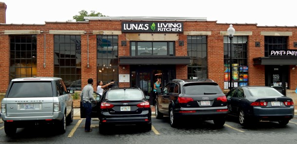 Front of Luna's Living Kitchen