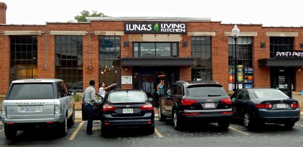 Front of Luna's Living Kitchen