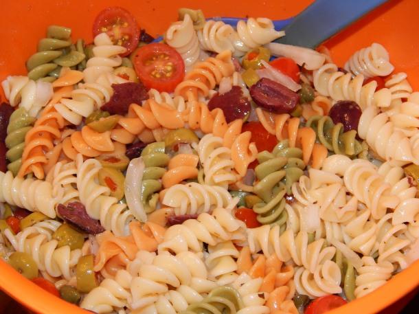 Cold Pasta Puttanesca Salad
