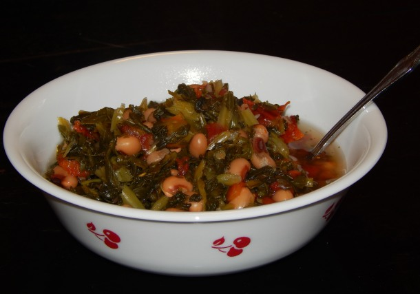 black eyed peas and collard greens bowl 2