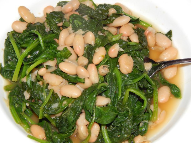 Tuscan Beans and Greens