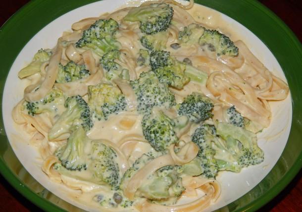 Fettucine Alfredo with Broccoli and Capers 2