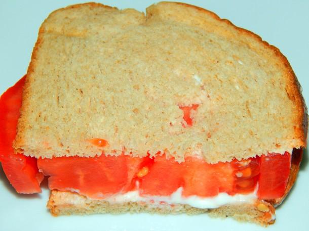 Simple Tomato Sandwich