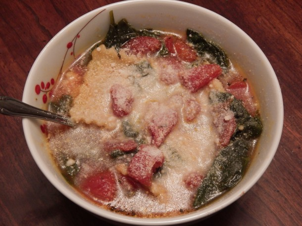 Ravioli Soup with Cheese