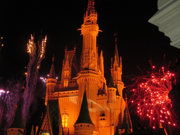 disney-hallowen-castle