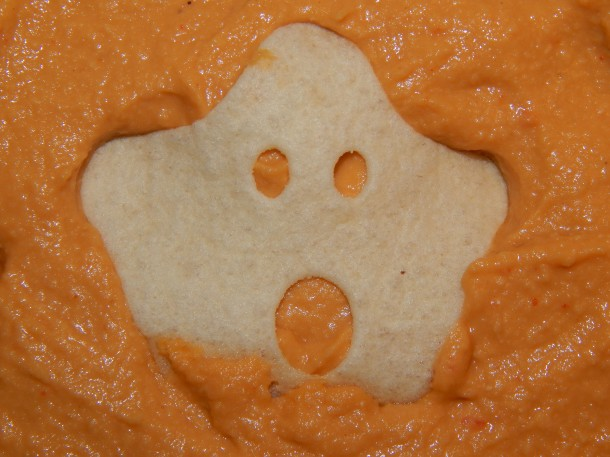cheezy-chipotle-hummus-with-ghost