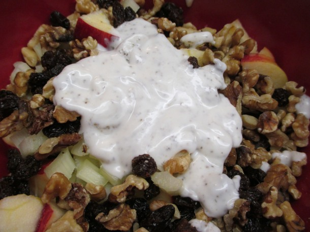 waldorf-salad-with-dressing