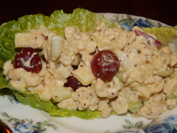 Tempeh Waldorf Salad on Lettuce Boat 2