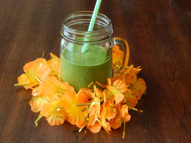 Green Cantelope Peach Ginger Smoothie_edited-1