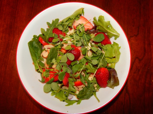 Strawberry Dinner Salad Microgreens